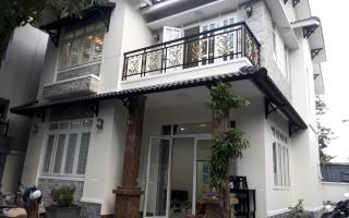 Biệt thự Thảo Điền đường nhánh Quốc Hương- sân vườn rất đẹp
