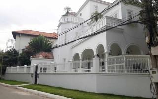 Biệt thự Thảo Điền khu bảo vệ 215 Nguyễn văn Hưởng