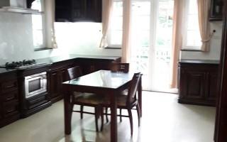 Bán căn hộ dịch vụ khu 216 Nguyễn Văn Hưởng, 400m2