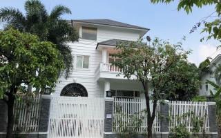 Villa For rent in Fideco Compound